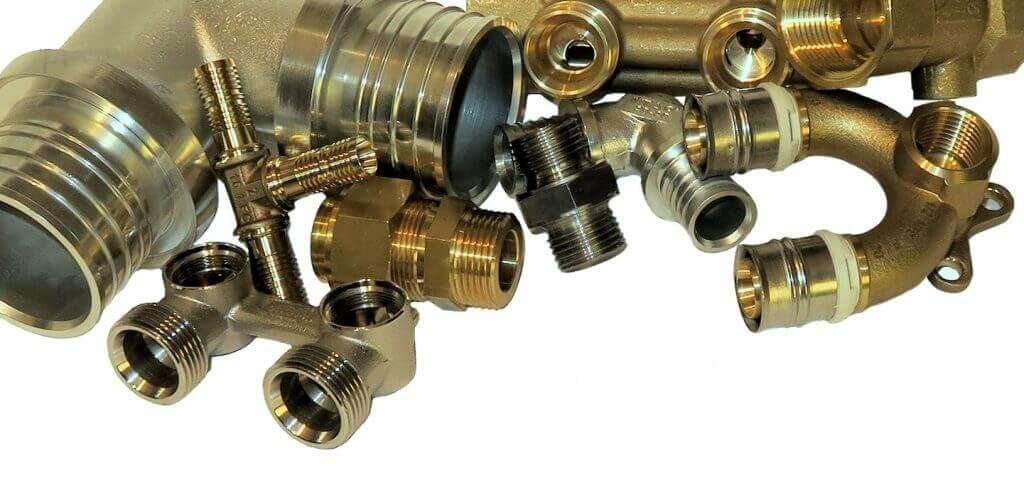 Präzise mechanische Bearbeitung. Beschläge und andere Details